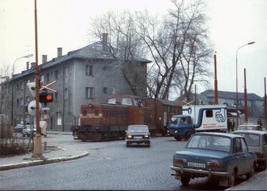 444-nivy-1982-m-cl.jpg